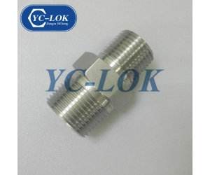 3/4 - 1/2 NPT stainless steel hex reducing adapter