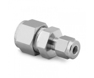 Stainless Steel Swagelok Tube Fitting Reducing Union 14 in  x 18 in Tube OD